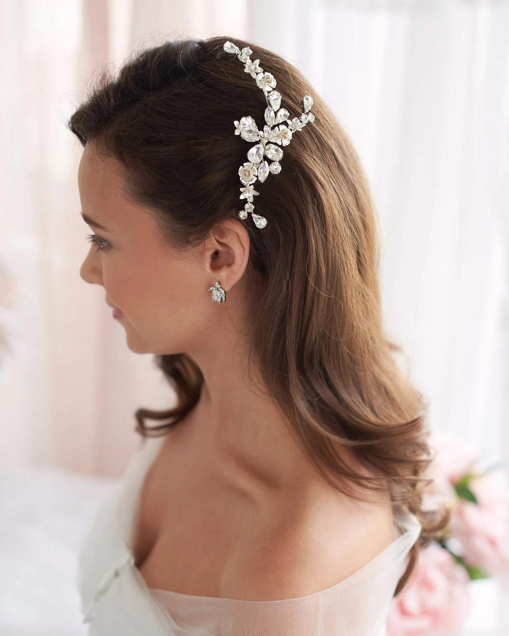Hadley_Bridal wedding Comb with flowers and crystals