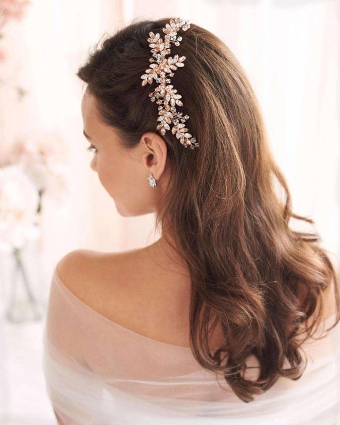 Paislee_Bridal silver and clear crystals Sparkly Comb